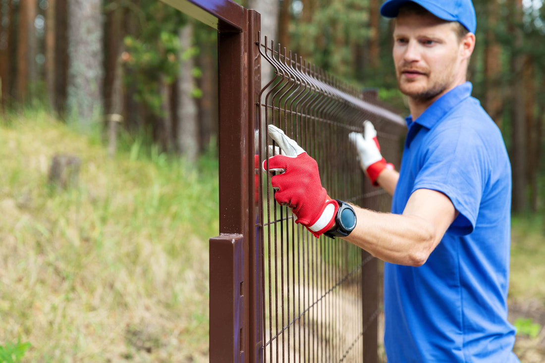 Upcountry Maui fence contractor